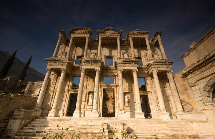 94724673_Library_of_Celsus4