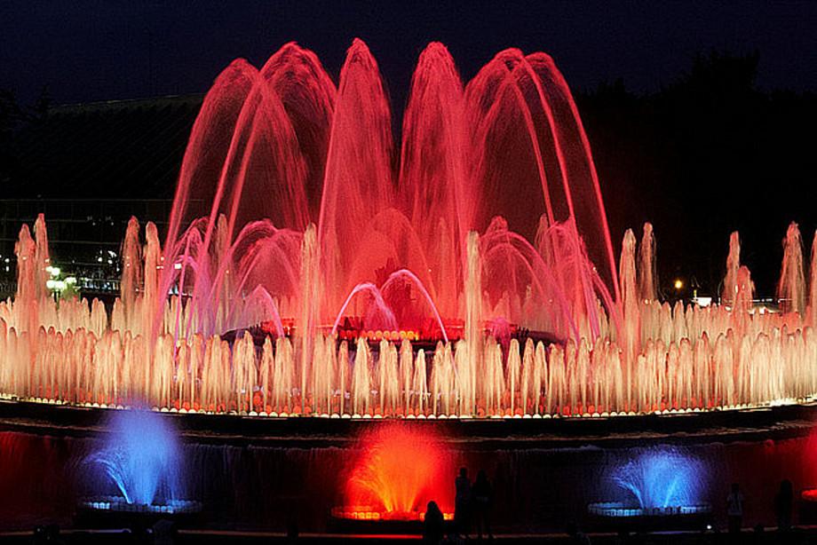 «Поющие фонтаны».