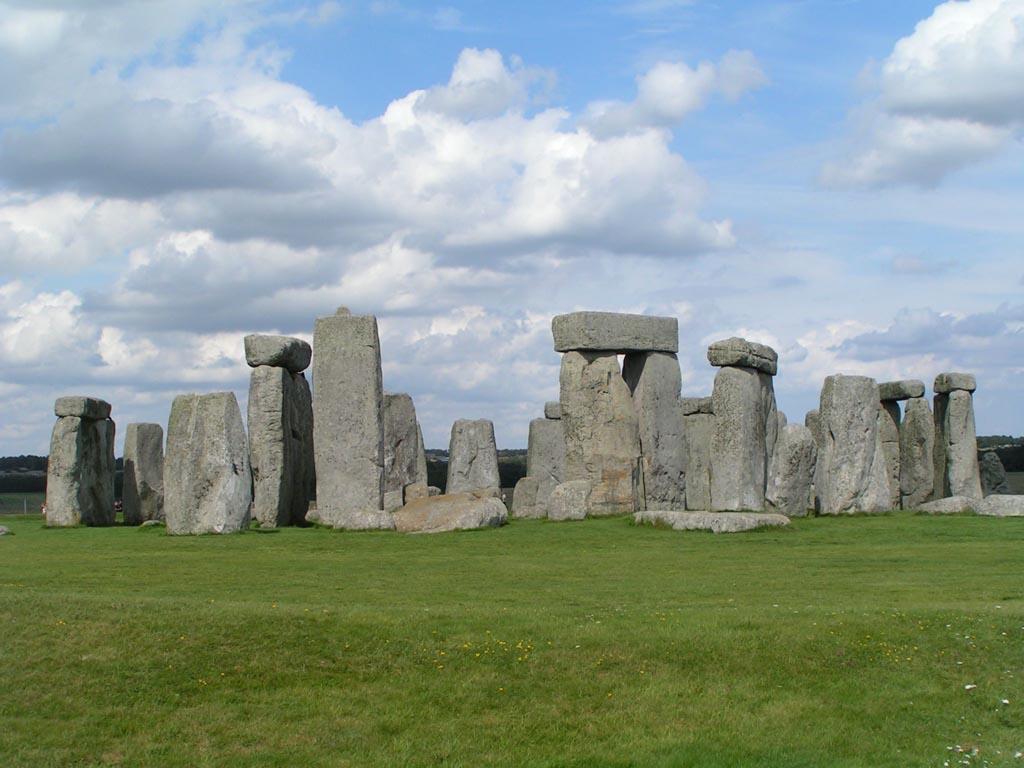 2775-stonehenge