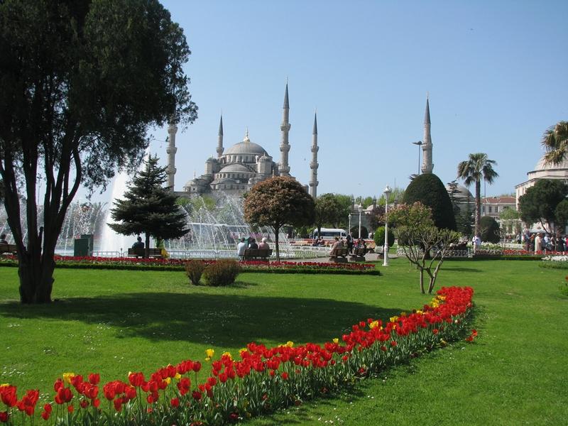 Главная площадь Стамбула Султанахмет