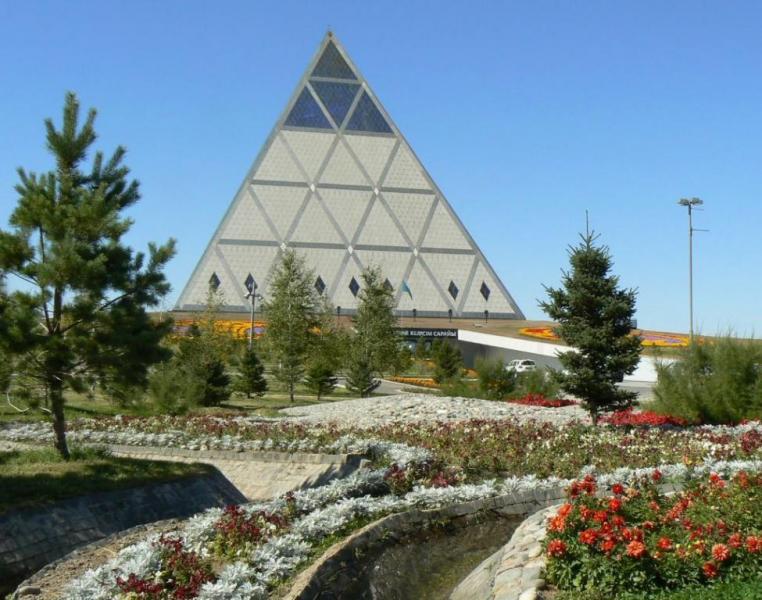 dvorec_mira_i_soglasiya_v_astane
