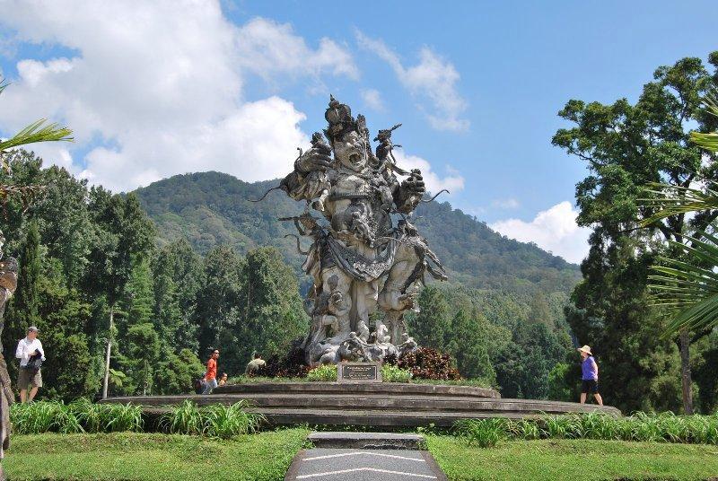 Ботанический сад Бали. Эка-Кирея']